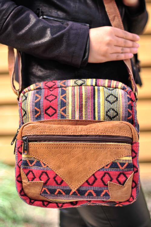 K314 Pahelo tas met voorvak